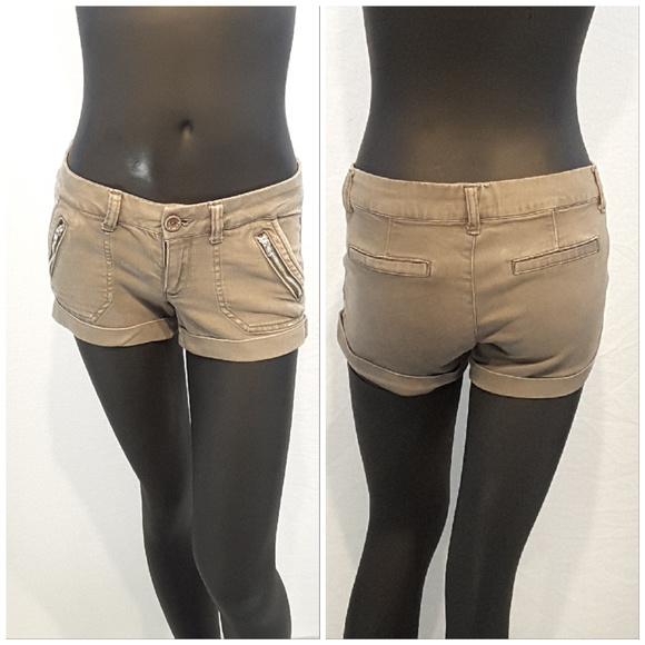 SNEAK PEAK, Zipper Accents Shorty Shorts, size Sm!